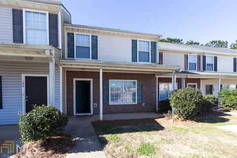 Photo of 182 Blake Ave, Jackson, GA 30233