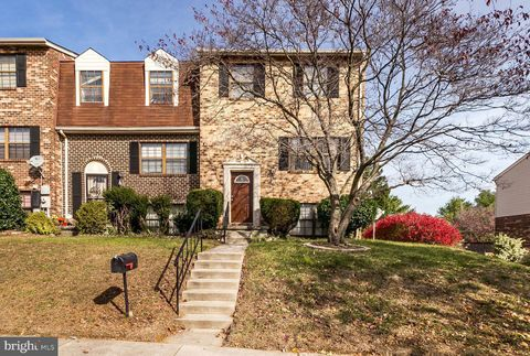 Photo of 12 Casey Ct, Baltimore, MD 21228