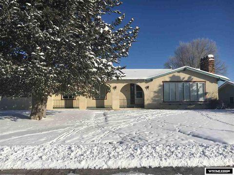 Photo of 1106 W Farm W, Saratoga, WY 82331