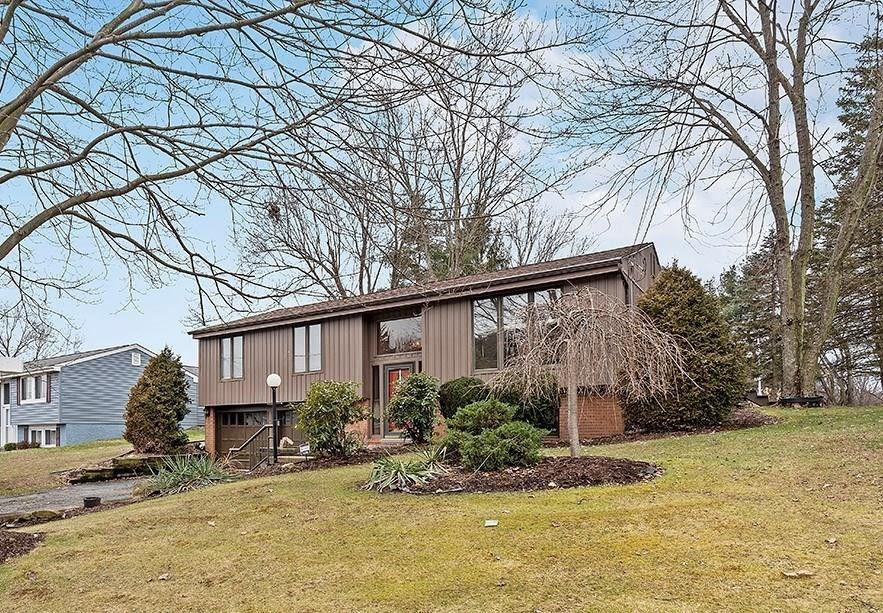120 Bucks Rd Cranberry Township, PA 16066