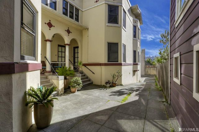 3639-3645 16th, San Francisco, CA 94114