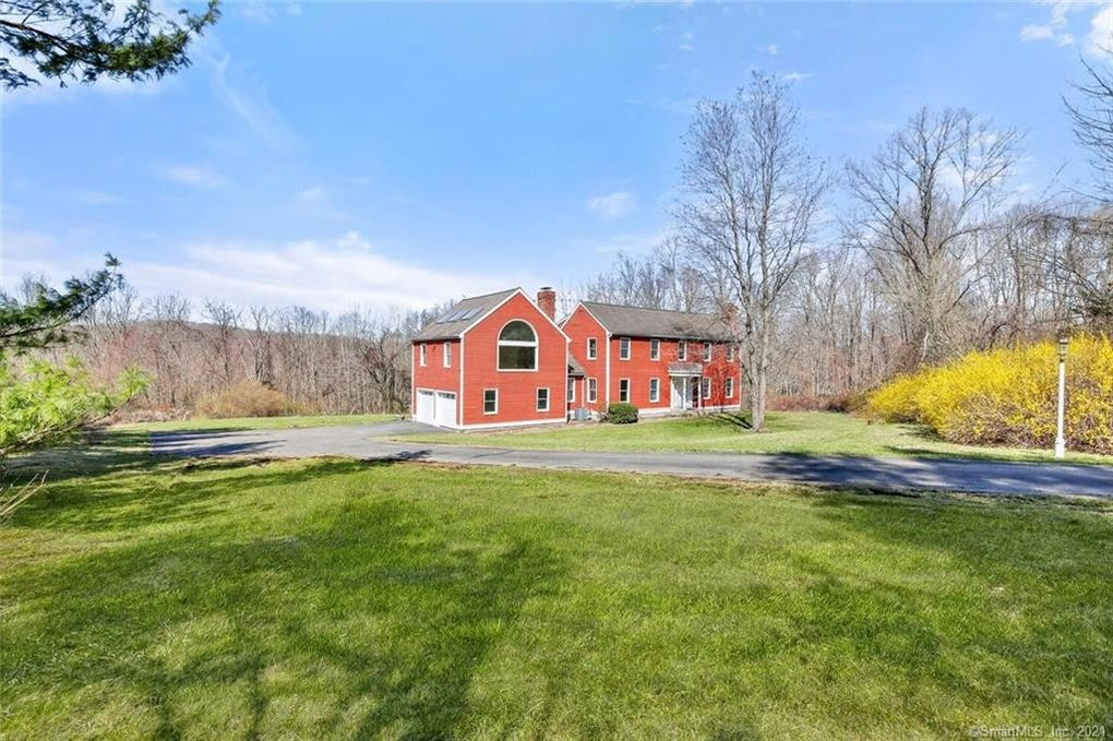 490 Georges Hill Rd Southbury, CT 06488
