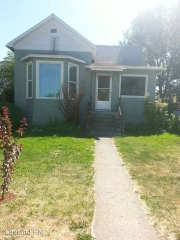 Photo of 514 W 8th St, The Dalles, OR 97058