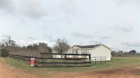 Photo of 1237 Vogelsang Rd, Columbus, TX 78934
