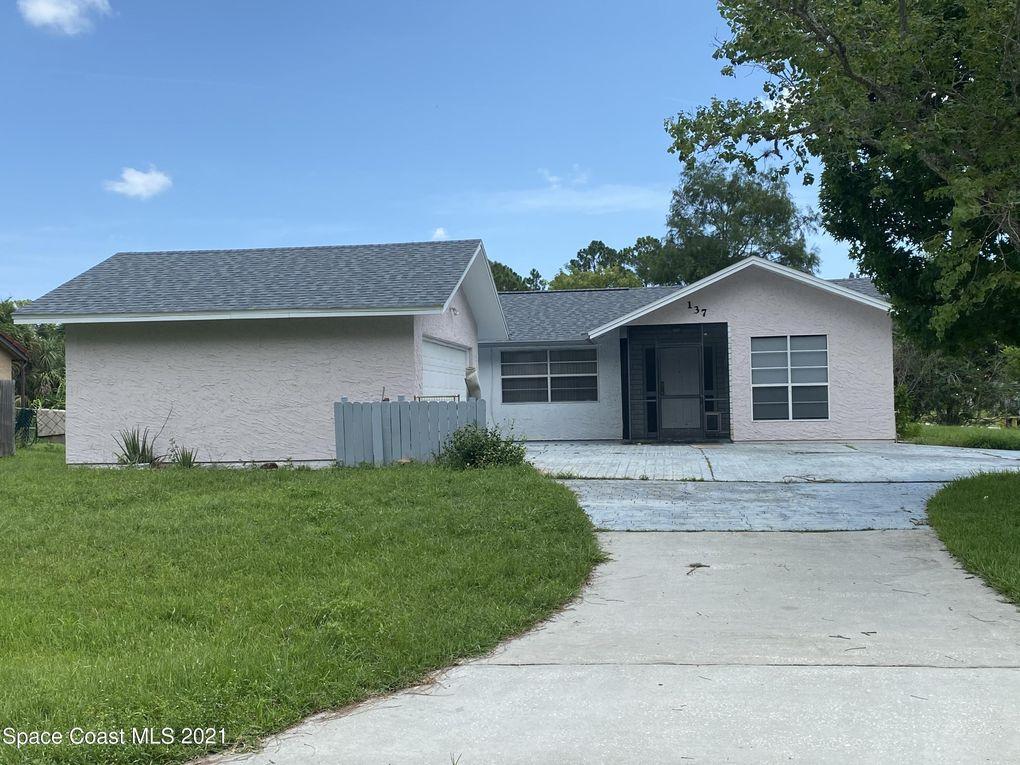 137 Watoga Ave SW Palm Bay, FL 32908