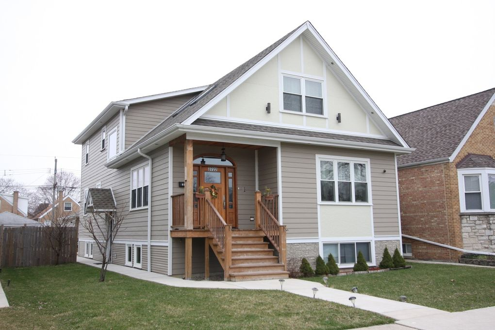 3722 N Sayre Ave Chicago, IL 60634