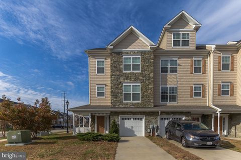 Photo of 125 Polo Way, Prince Frederick, MD 20678