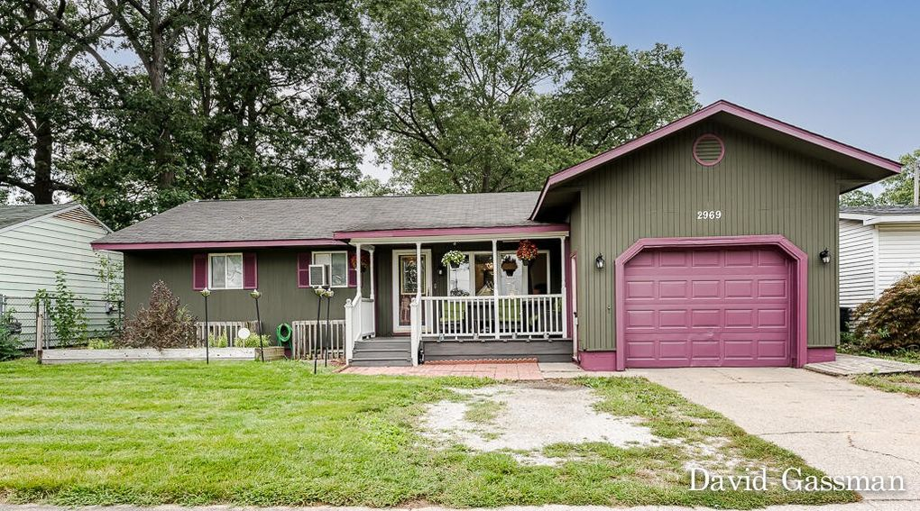 2969 Woodcliffe Dr Muskegon Heights, MI 49444