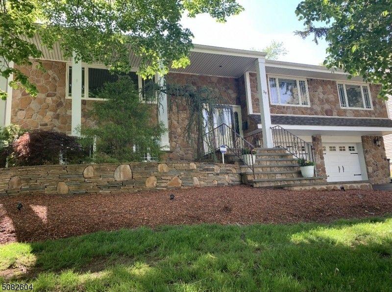 39 Colonial Woods Dr West Orange, NJ 07052