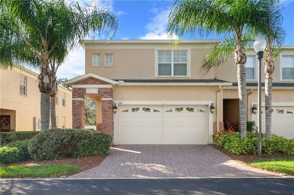 1542 Hillview Ln Tarpon Springs, FL 34689