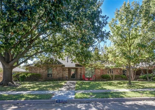 4212 Whippoorwill Ln Plano, TX 75093