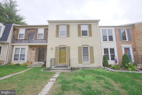 Photo of 9920 Maple Leaf Dr, Montgomery Village, MD 20886