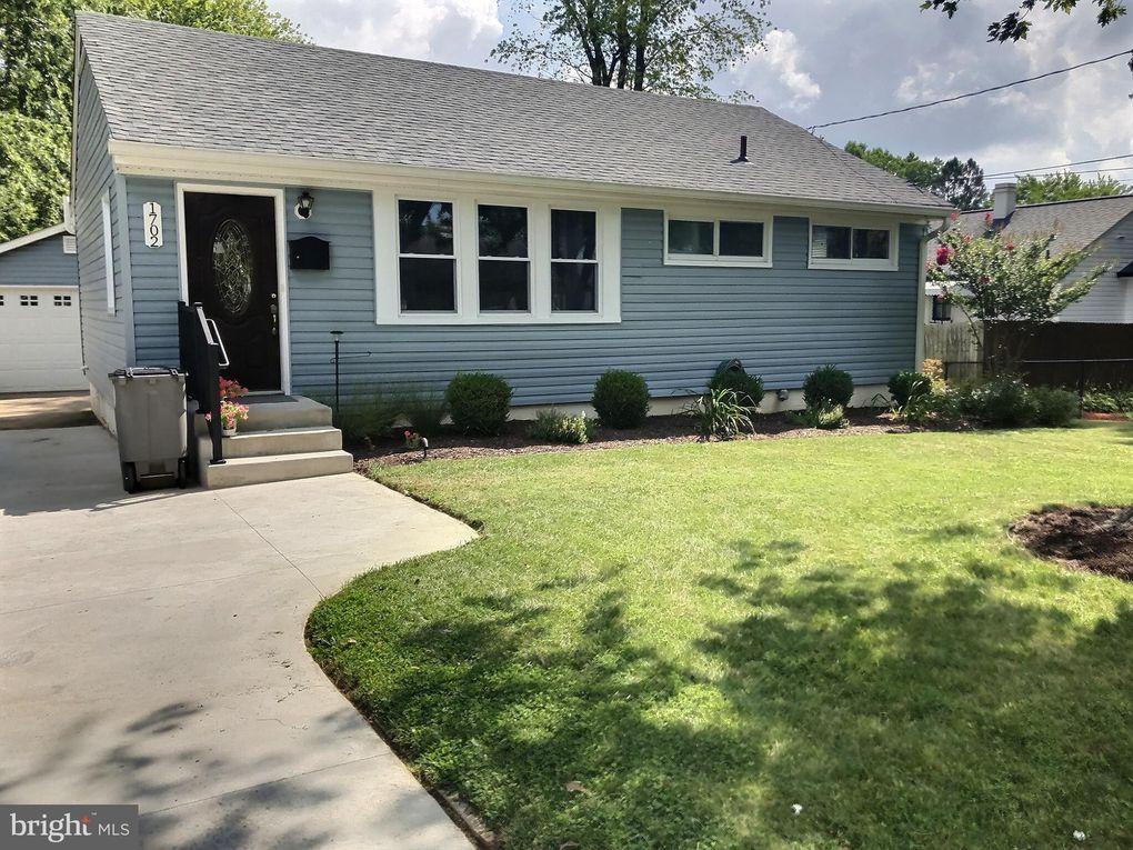 1702 Lewis Ave Rockville, MD 20851