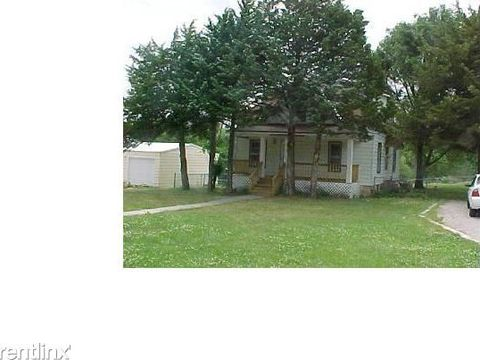 Photo of 203 Barry St, Milford, KS 66514