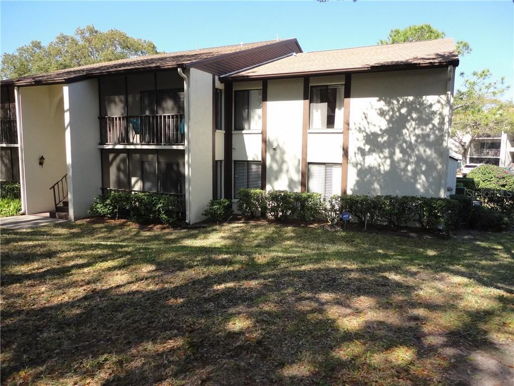 2644 Pine Ridge Way N Apt B1 Palm Harbor, FL 34684