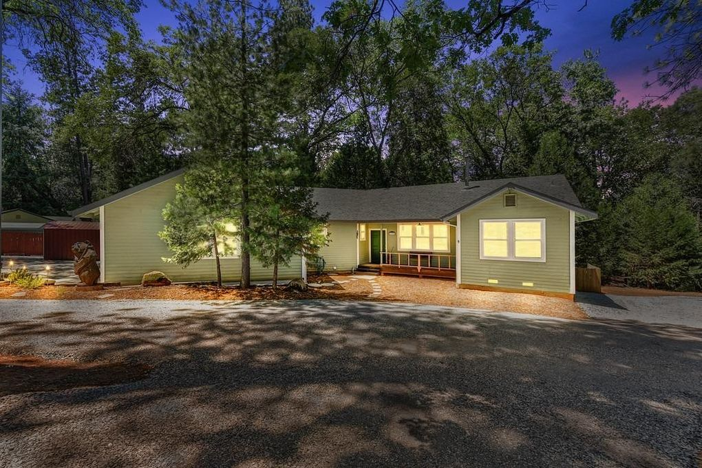 6444 Green Leaf Ln Foresthill, CA 95631