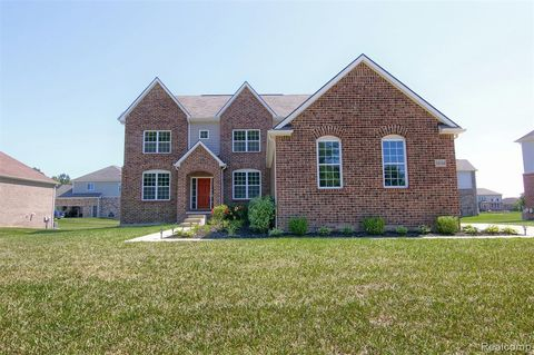 Photo of 54144 Mar Lake Dr, Chesterfield Township, MI 48051