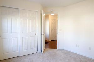 807 Grande Oaks Dr, Hamilton Township, OH 45152 - Bedroom