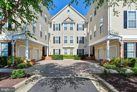 Photo of 12712 Found Stone Rd Unit 4-302, Germantown, MD 20876