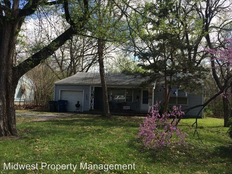 Photo of 2346 Vermont St, Lawrence, KS 66046