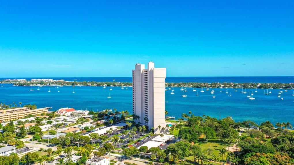 5200 N Flagler Dr Apt 705 West Palm Beach, FL 33407