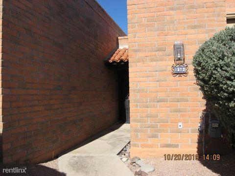 Photo of 1372 W Desert Hills Dr, Green Valley, AZ 85622