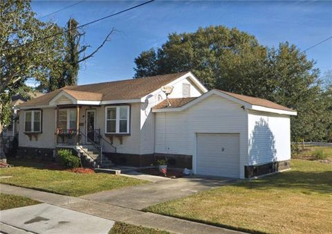 Photo of 1308 Franklin Ave, Gretna, LA 70053