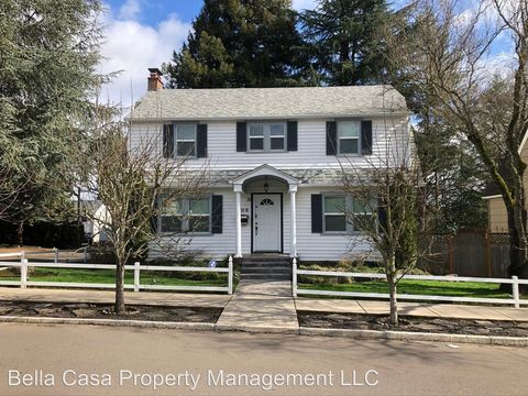 Photo of 508 Se Cowls St, McMinnville, OR 97128