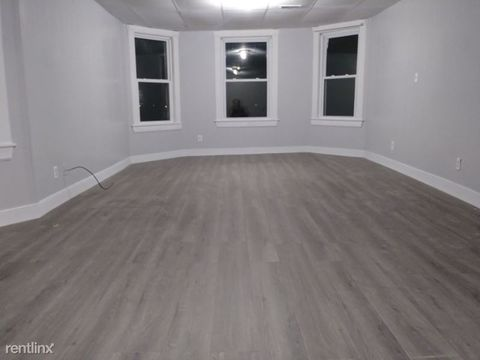 Photo of 104 Norfolk St Apt 2, Worcester, MA 01604