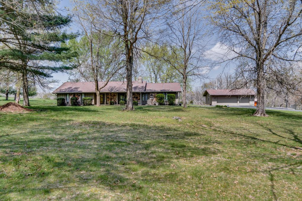 6469 E Farm Road 112 Strafford, MO 65757