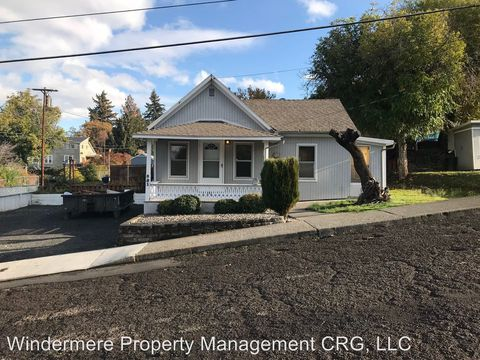 Photo of 321 W 16th St, The Dalles, OR 97058