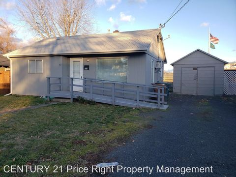 Photo of 615 13th St, Clarkston, WA 99403