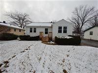Photo of 404 N Metropolitan Ave, Waukegan, IL 60085