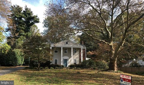 Photo of 919 N Hill Dr, West Chester, PA 19380