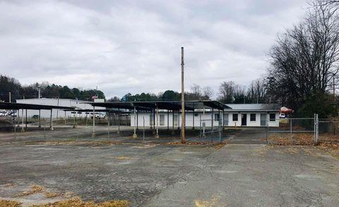 Photo of 107 Florence Ave, Calhoun, GA 30701