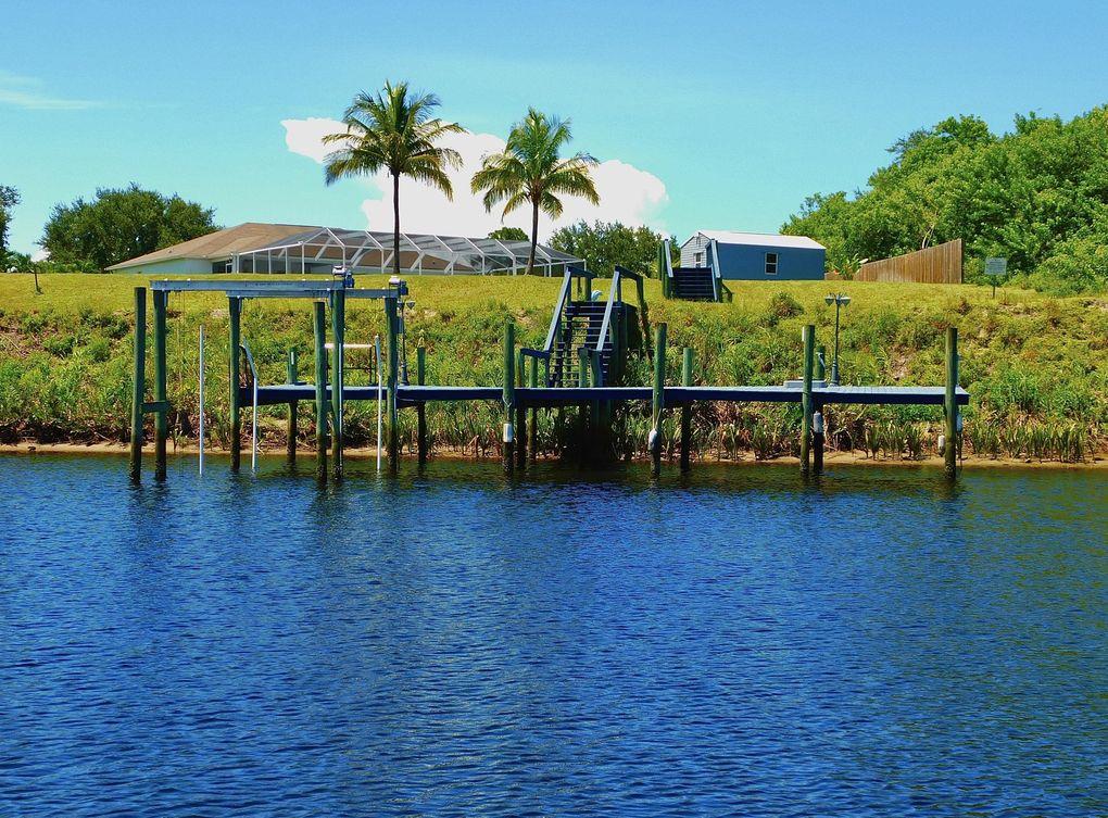 2641 SW Harem Cir Port Saint Lucie, FL 34953