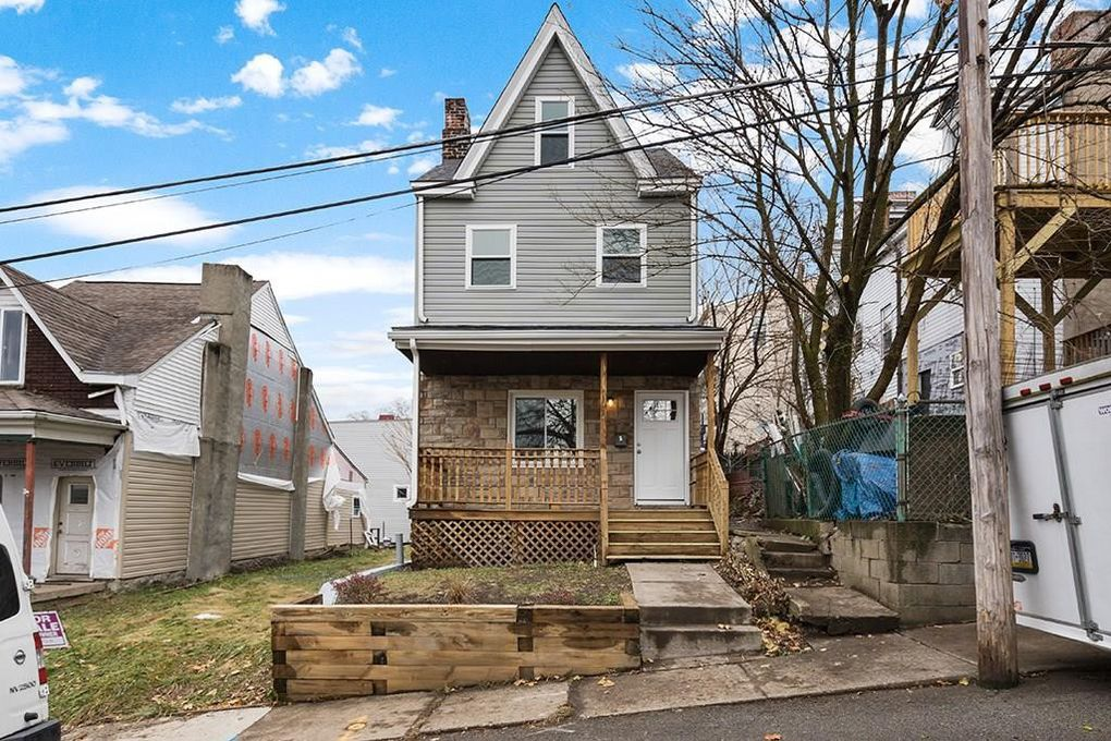 5 Cemetery Ave, Pittsburgh, PA 15214