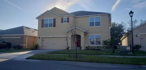 Photo of 1868 Hickory Bluff Rd, Kissimmee, FL 34744