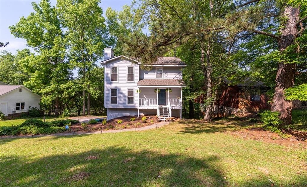 2835 Quinbery Dr Snellville, GA 30039