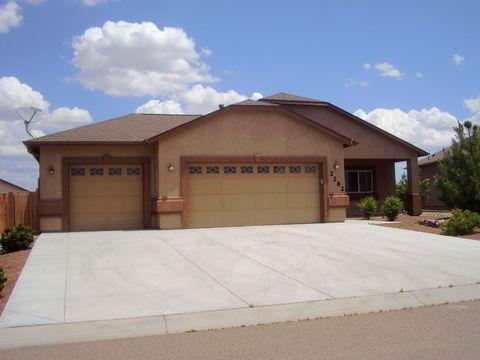Photo of 2282 Touchstone Dr, Chino Valley, AZ 86323