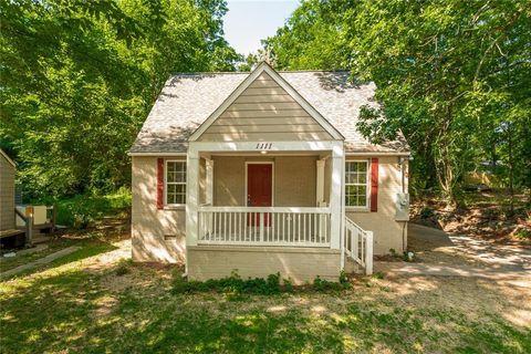 Photo of 1111 Oak Knoll Ter Se, Atlanta, GA 30315