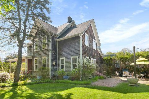 Sag Harbor Ny Real Estate Sag Harbor Homes For Sale Realtor Com