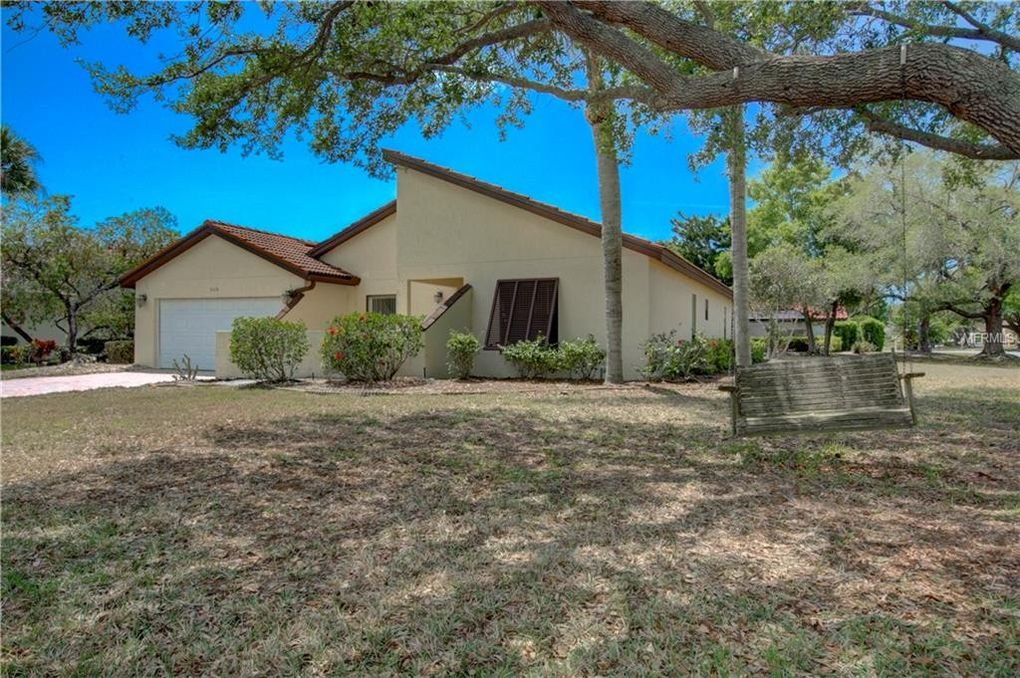 3128 Heatherwood Ln, Sarasota, FL 34235