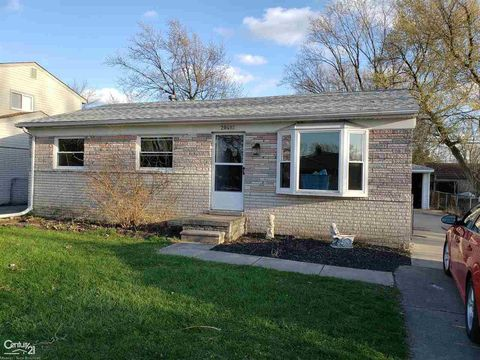 Photo of 20492 Colman St, Clinton Township, MI 48035