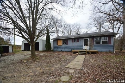 5984 S Slate Ford Rd, Underwood, IN 47177