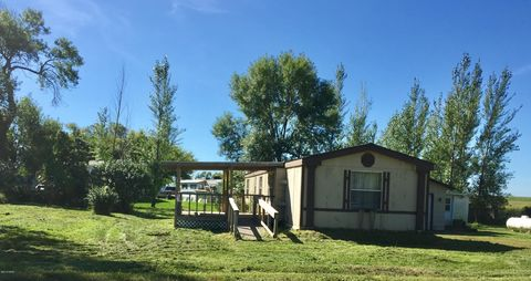 Photo of 107 1st St, Henry, SD 57243