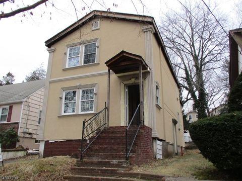 77 7th St, Ridgefield Park Village, NJ 07660