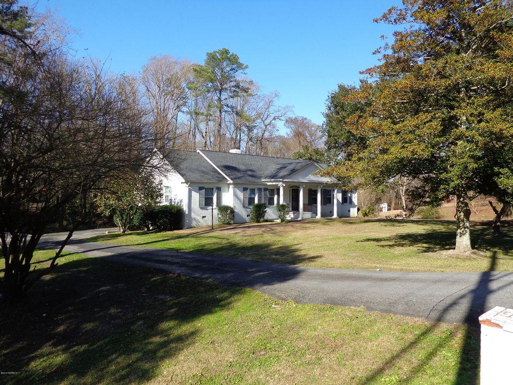 2404 Evans St, Greenville, NC 27834