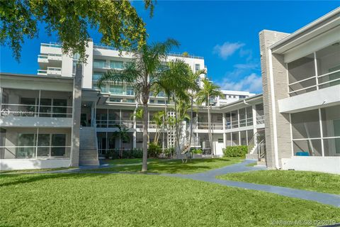 Photo of 9200 E Bay Harbor Dr Apt 4, Bay Harbor Islands, FL 33154
