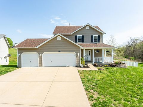Photo of 2938 Greenmont Ct, Imperial, MO 63052